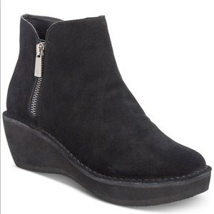 Kenneth Cole Reaction Women's Prime Booties